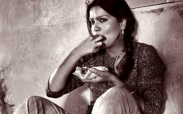 zeenat-aman-turns-66