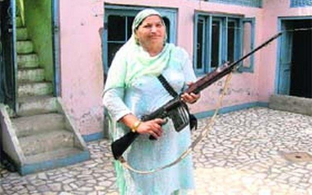 amrik-kaur-bollywood-sikh