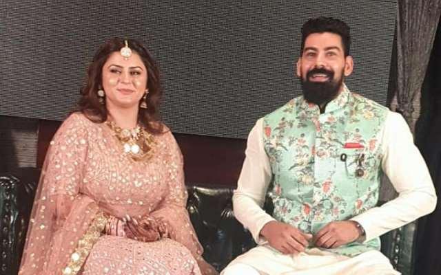 punjabi-singer-dolly-sidhu-gets-engaged-to-south-actor-kabir-duhan-singh